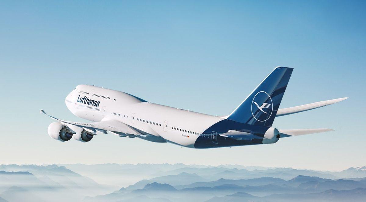 Lufthansa, aereo in volo
