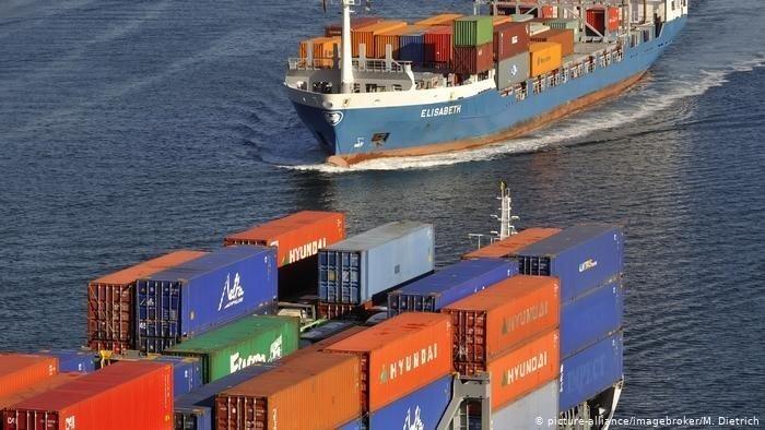 navi che trasportano contanier
